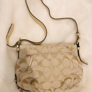Like New Coach large crossbody convertible to hobo